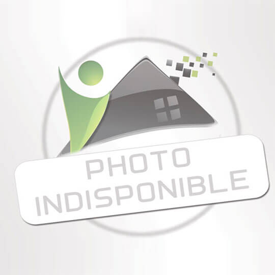 C. BIEN IMMOBILIER : Local / Bureau  | CASTRES (81100) | 133.00m2 | 141 700 €